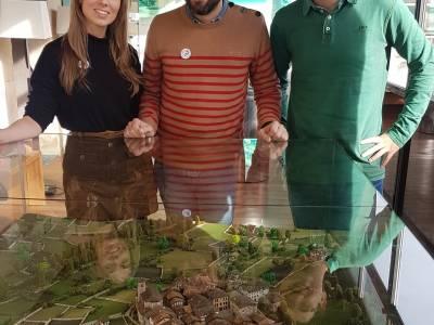 EXPOSICIÓN SOBRE DOCUMENTOS HISTÓRICOS DE ORDIZIA Y LA MAQUETA DE LA VILLA